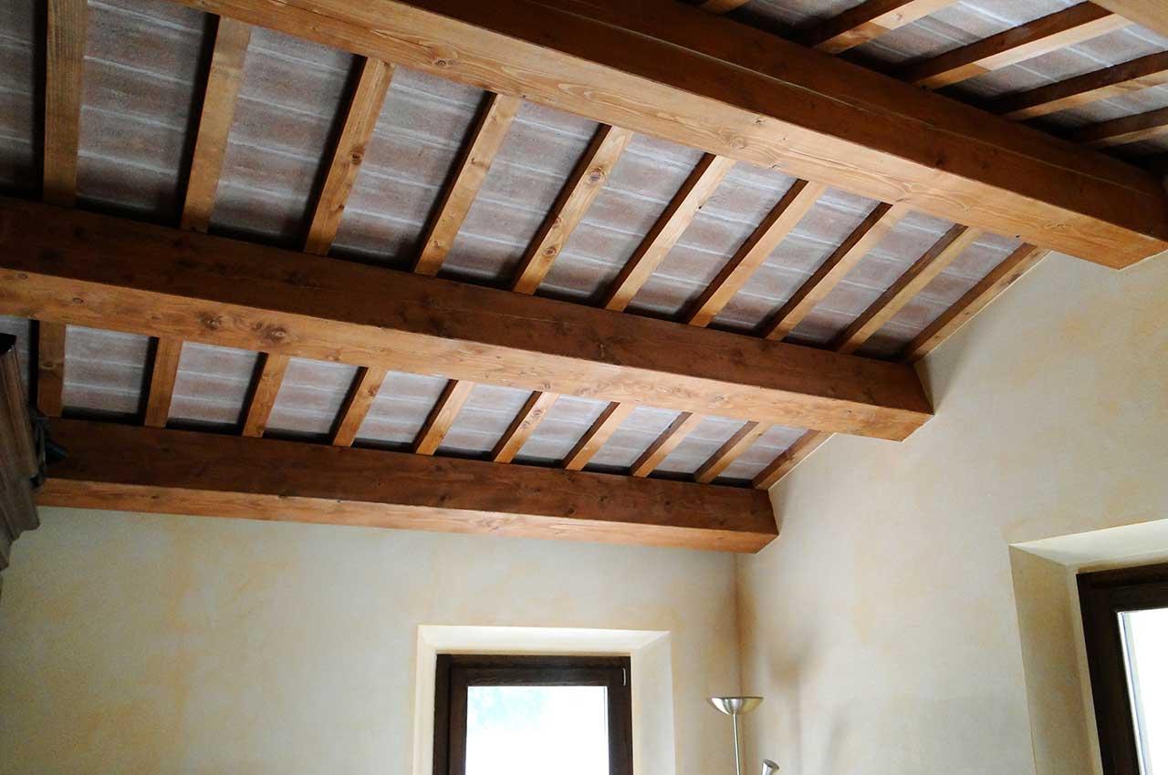 tetti in legno, legno massello, travi in legno a vista